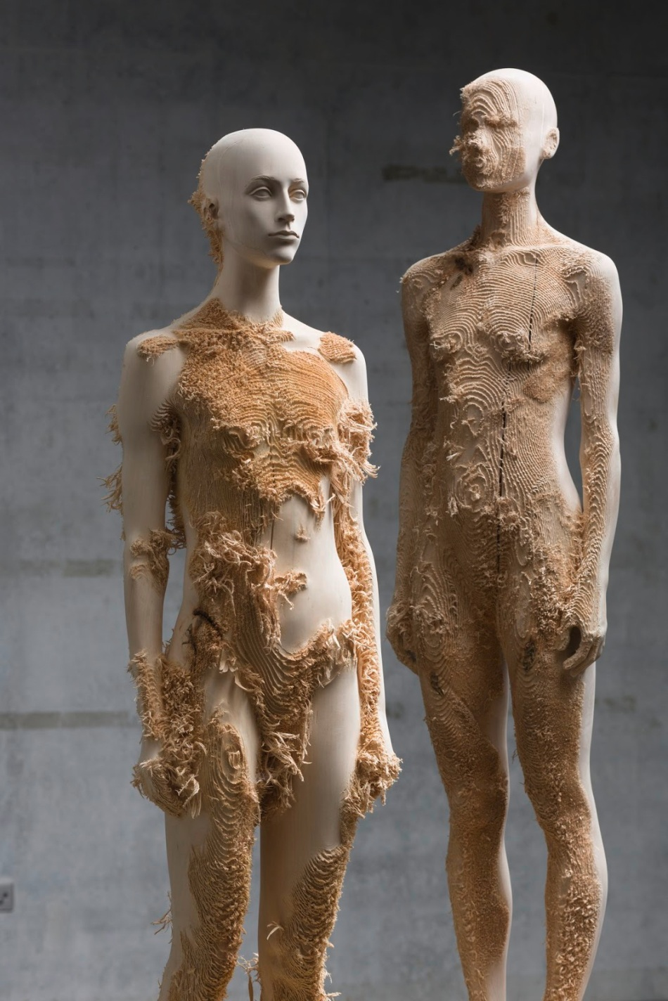 human forms from wood by Aron Demetz