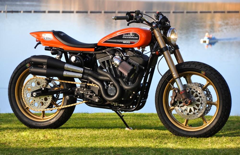 Tracker V � Custom Harley Davidson Dyna: Home Is Where The HARD DISK Is