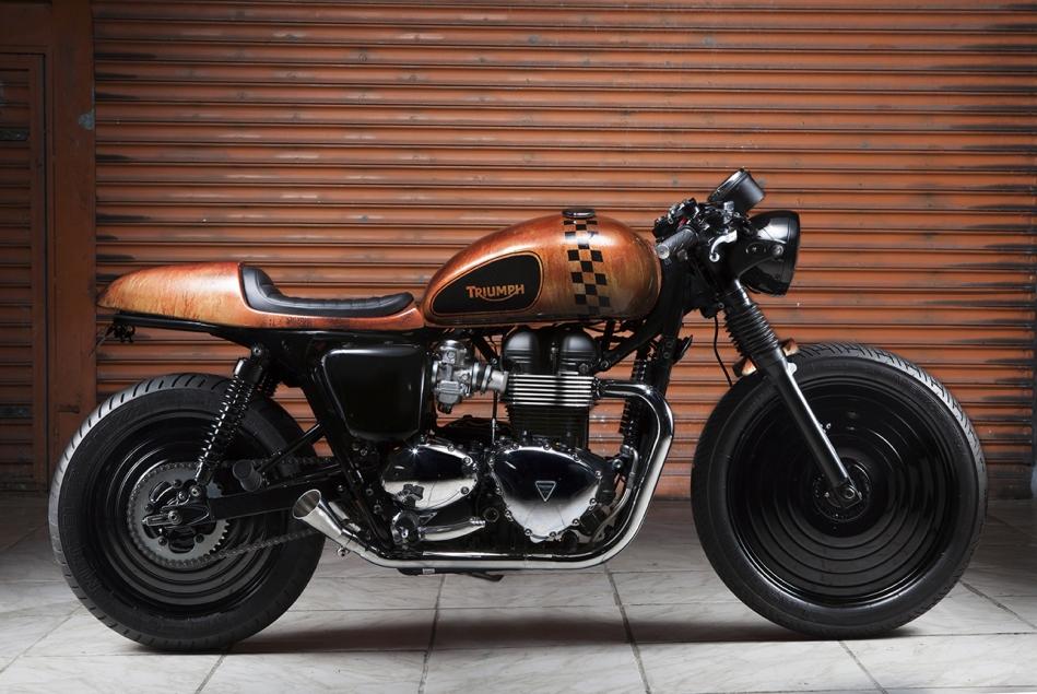 Triumph Bonneville by TMC
