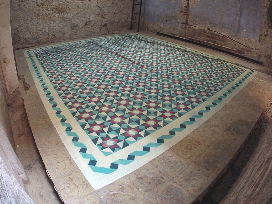 Floor patterns in abandoned places by Javier de Riba