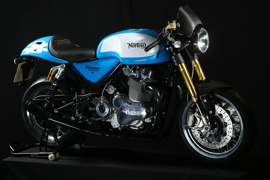 Norton Commando 961 Cafe Racer Mick Grant Replica