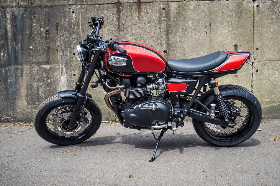 Triumph Thruxton Mule by Two Wheels Miklos